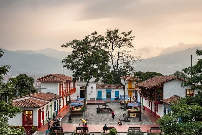 Colombian Holidays and what they mean to you