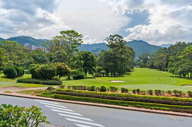 Golfing in Medellín : Where Passion and Paradise Meet